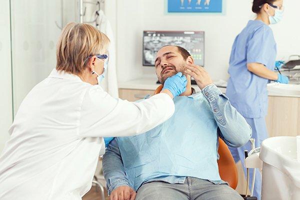 Orthodontic Emergencies Treatment